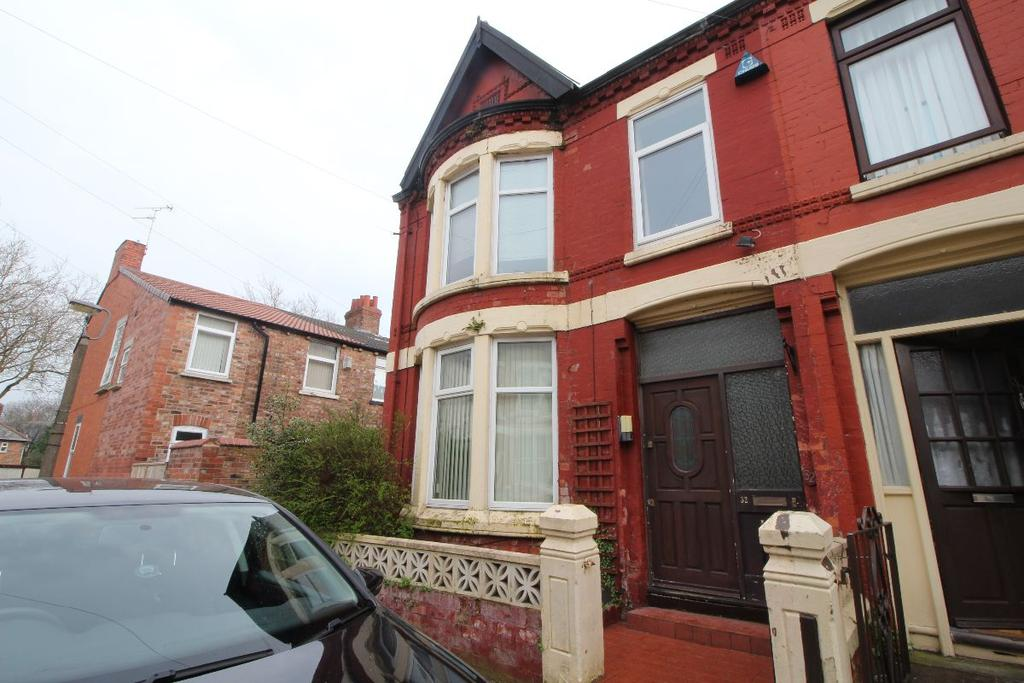 3 Bedrooms Terraced House for sale in Deansburn Road
