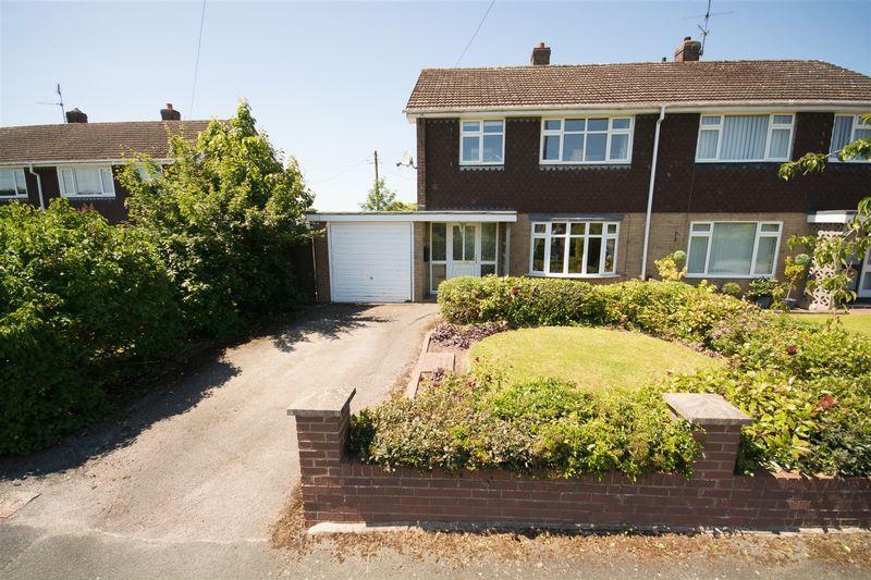 4 Bedrooms Semi Detached House for sale in Grange Road, Ellesmere