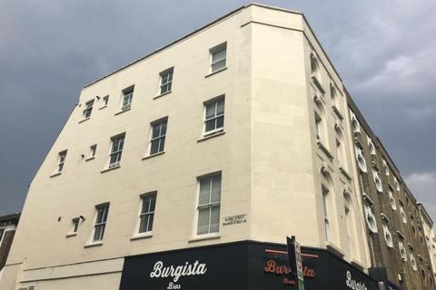 3 bedroom flat to rent - Uxbridge Road, Shepherds Bush, London, W12
