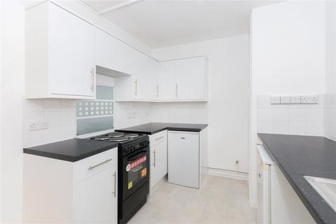 House to rent - Thorburn Square, London, SE1