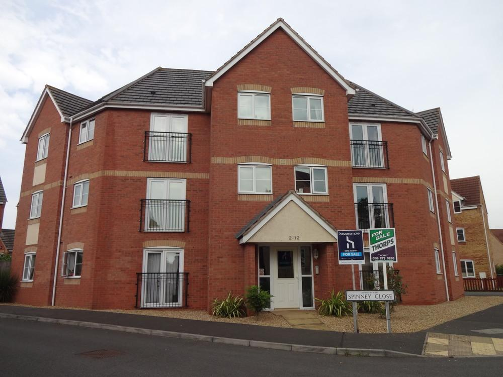 2 Bedrooms Apartment Flat for sale in Spinney Close, Leicester, Leicestershire