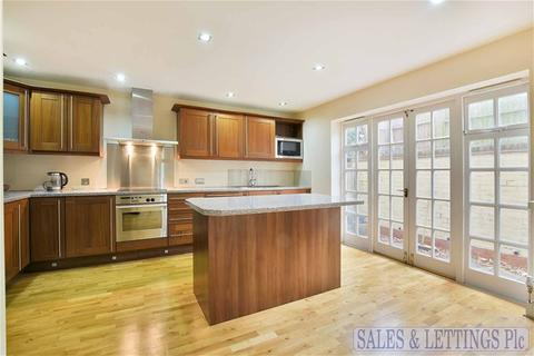 3 bedroom terraced house to rent - Andover Place, London