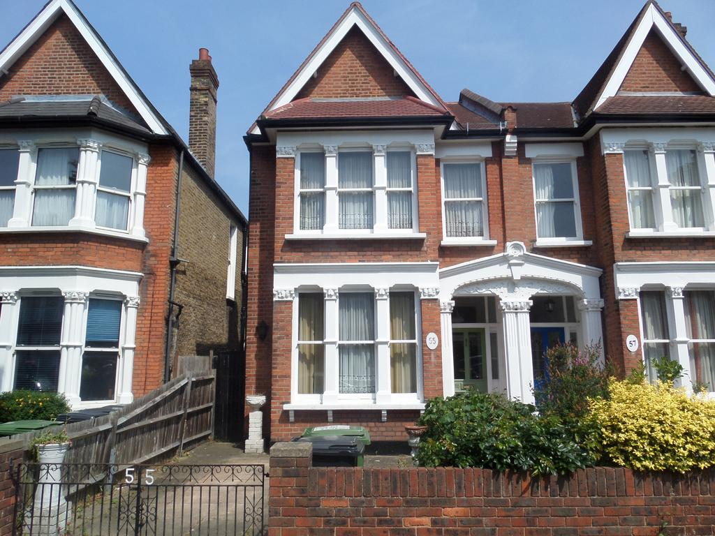 4 Bedrooms End Of Terrace House for sale in Bargery Road, London