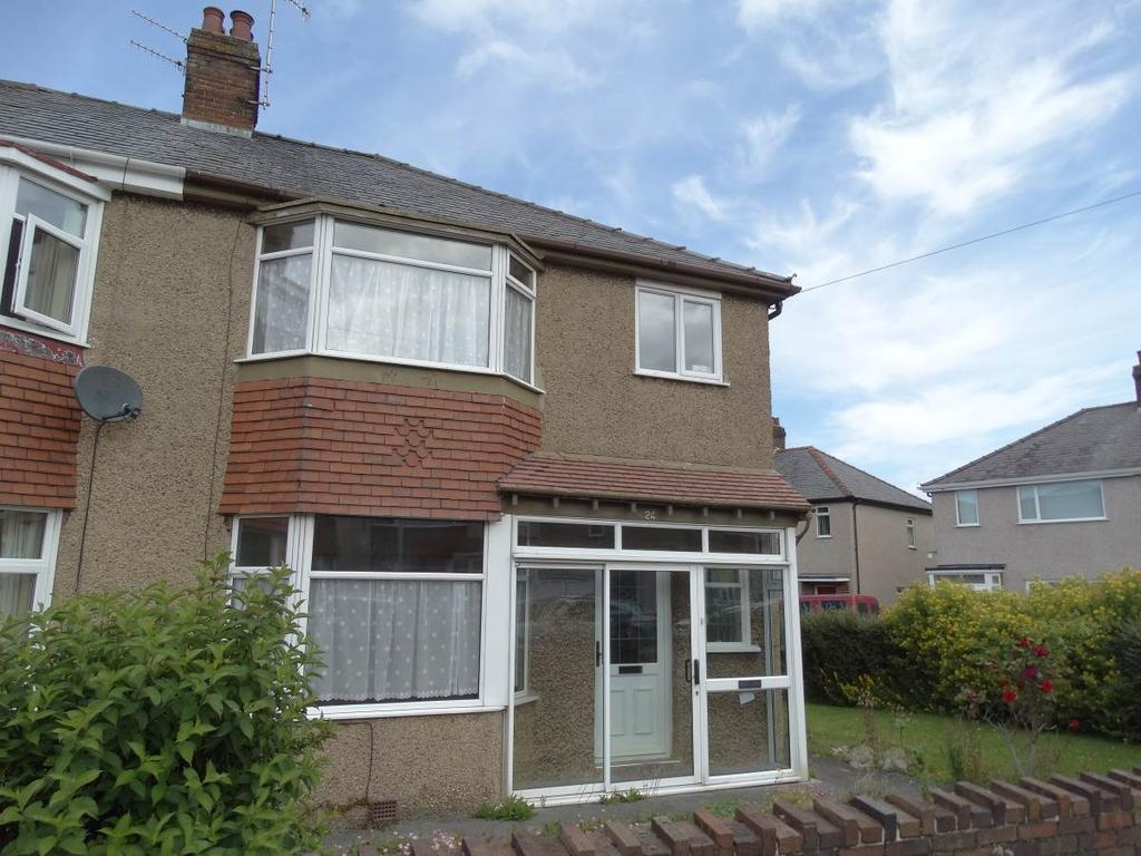 3 Bedrooms Semi Detached House for sale in 24 Bryn Marl Road, Mochdre, LL28 5EA