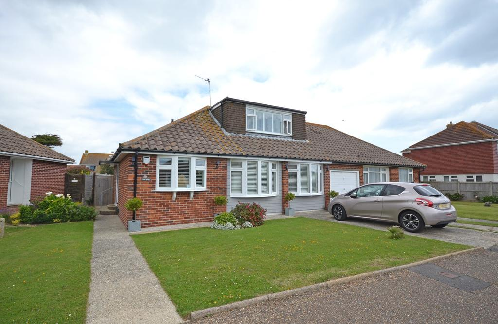 2 Bedrooms Bungalow for sale in Gill Way, Selsey, PO20