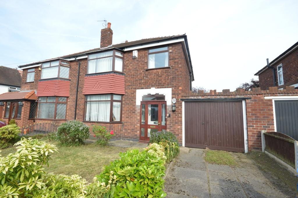 3 Bedrooms Semi Detached House for sale in Silverdale Road, Warrington