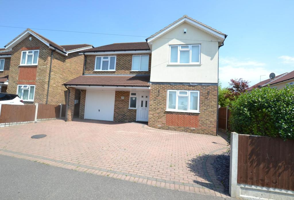 4 Bedrooms Detached House for sale in Manor Road, Benfleet, Essex, SS7