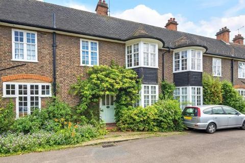 4 bedroom terraced house for sale - Hampstead Way, Hampstead Garden Suburb, London, NW11