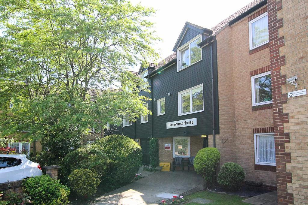 1 Bedroom Apartment Flat for sale in Sawyers Hall Lane, Brentwood