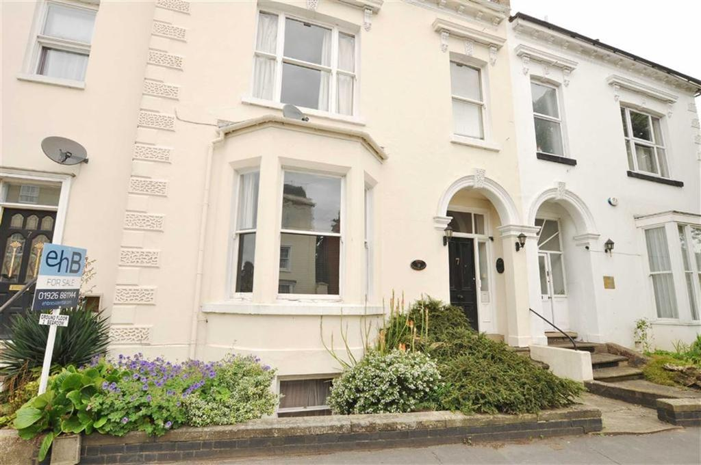 2 Bedrooms Flat for sale in Radford Road, Leamington Spa