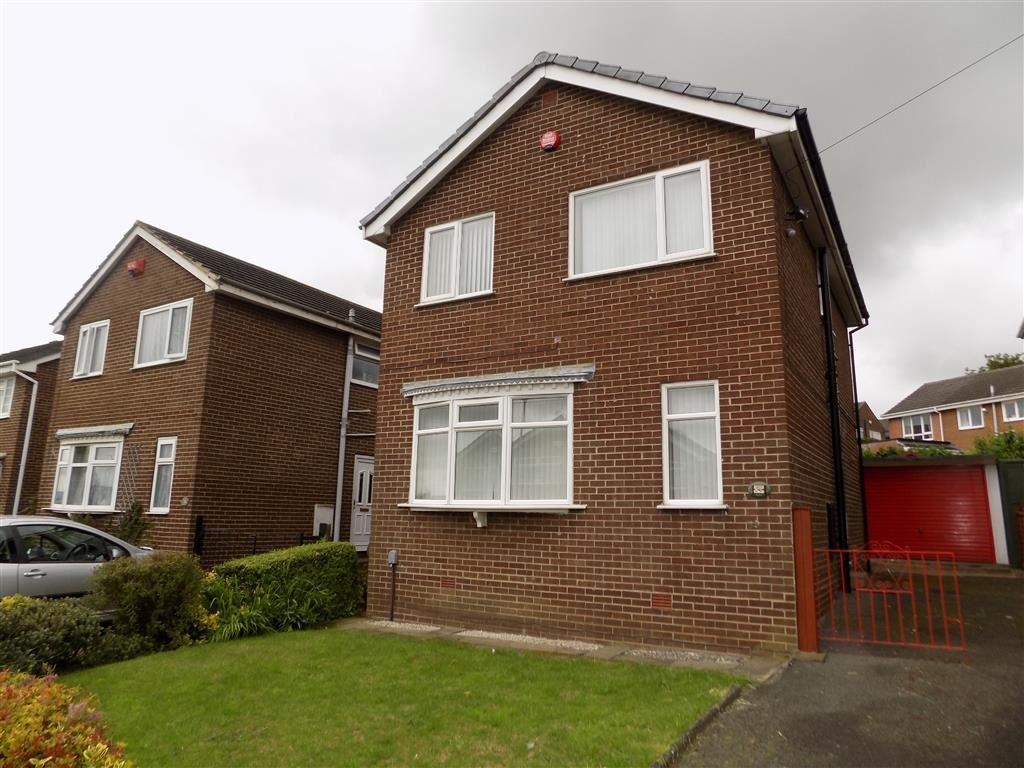 3 Bedrooms Detached House for sale in Park Lea, Bradley, Huddersfield, HD2