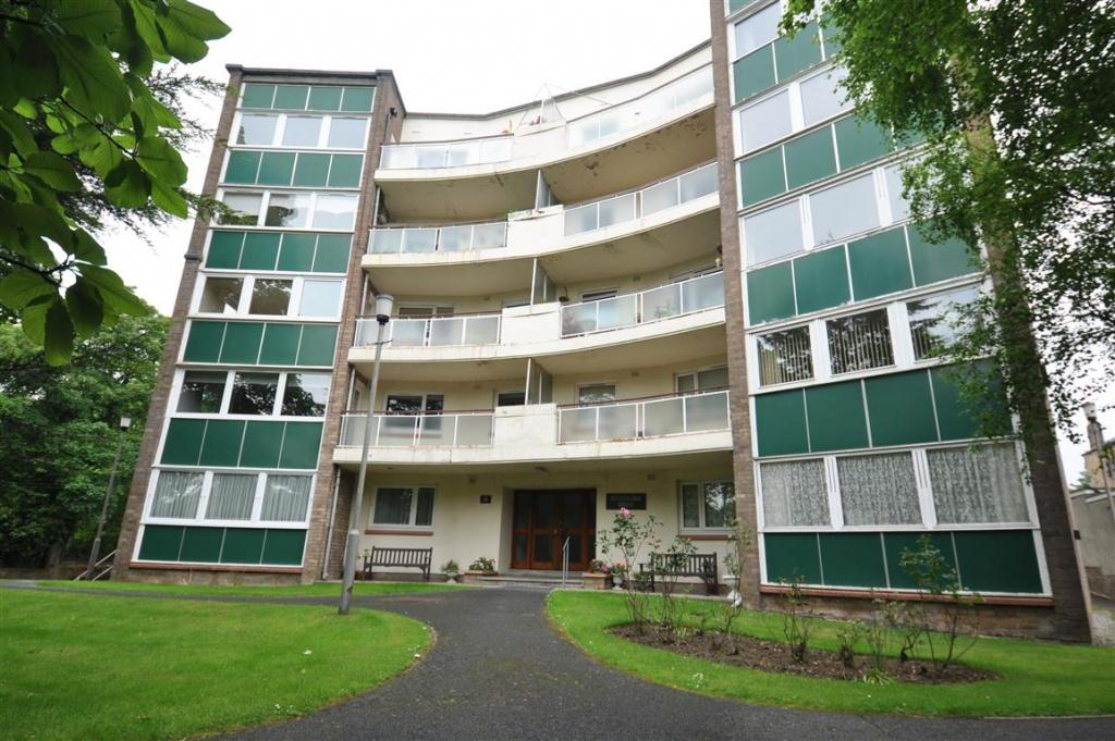 2 Bedrooms Flat for sale in 8 Sutherland Court, Pollokshields, G41 5EN