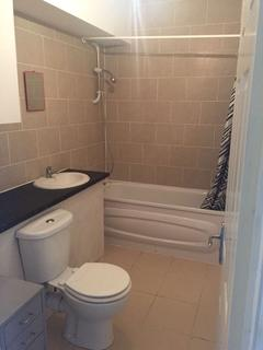 3 bedroom terraced house to rent - Sheringham Avenue, Manor Park, Manor park E12