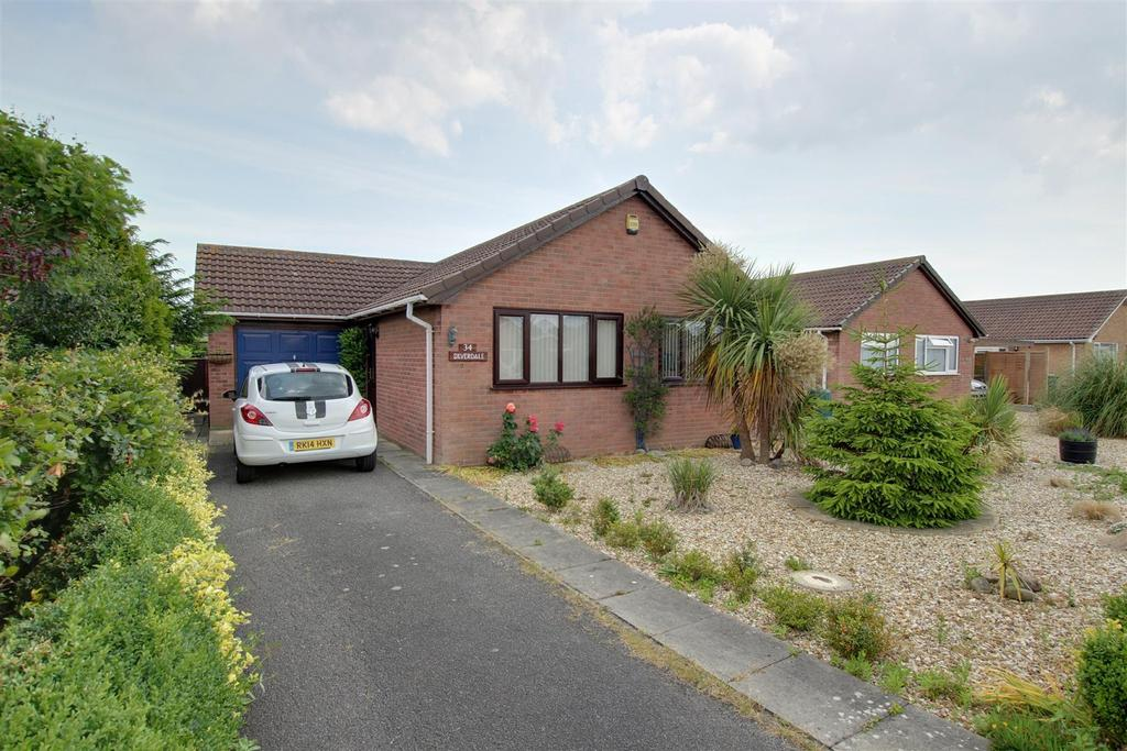2 Bedrooms Detached Bungalow for sale in 34 Brooke Drive, Mablethorpe