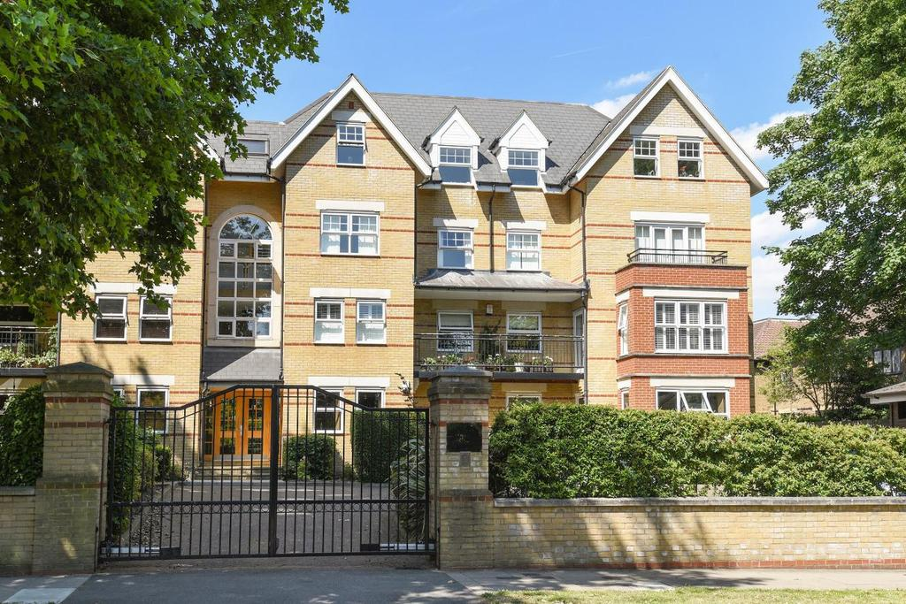 3 Bedrooms Flat for sale in The Avenue, Beckenham, BR3