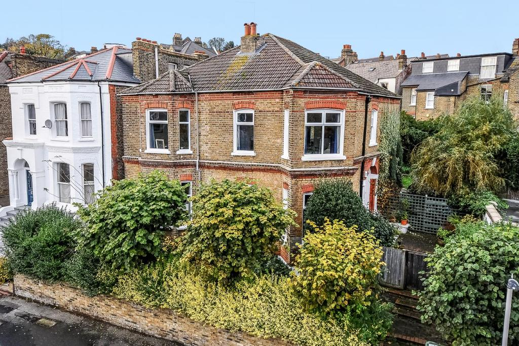 5 Bedrooms Detached House for sale in Ewelme Road, Forest Hill