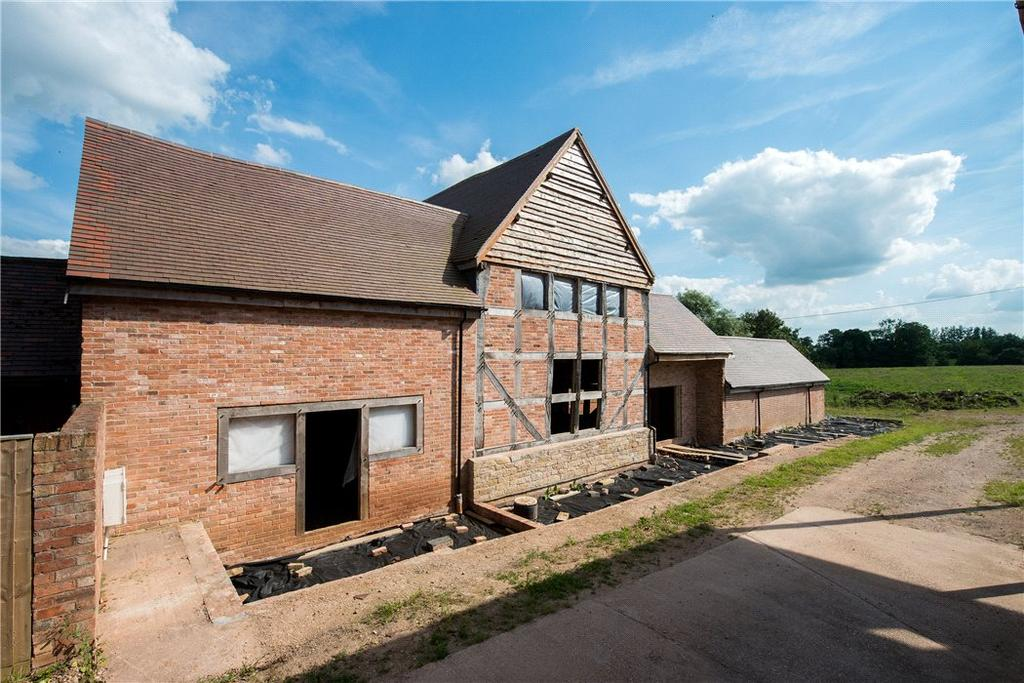 4 Bedrooms Barn Character Property for sale in Snitterfield Fruit Farm, Kings Lane, Snitterfield, Stratford Upon Avon, CV37