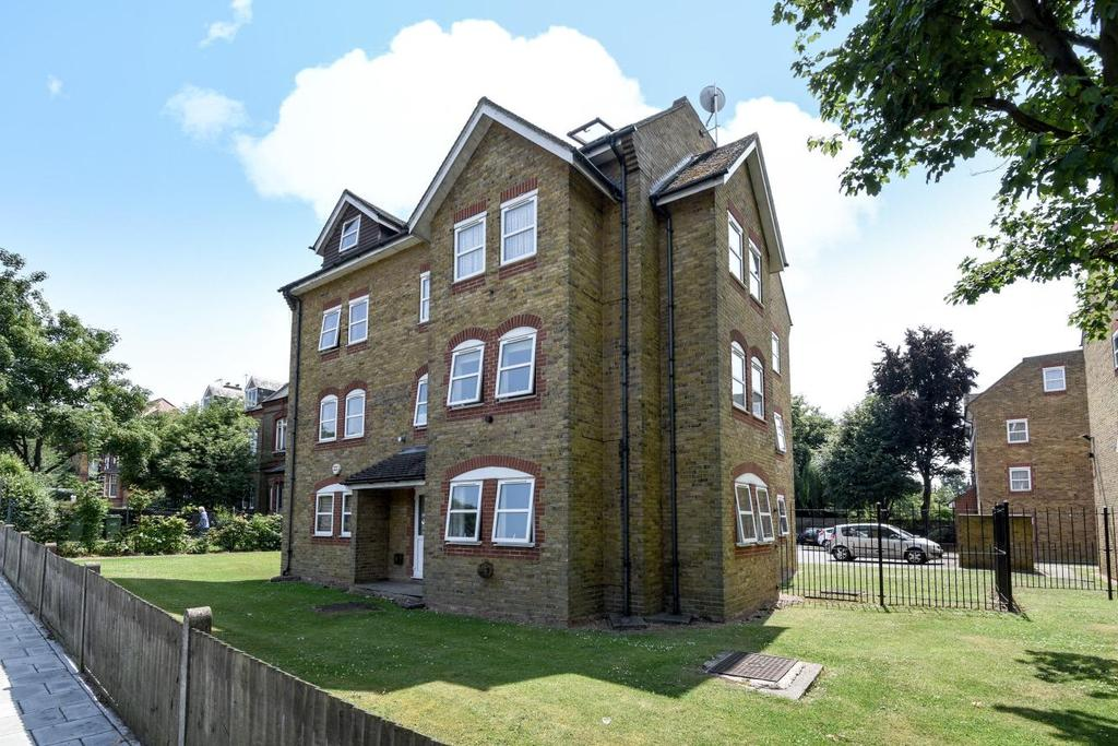 2 Bedrooms Flat for sale in Pinkerton Place, Streatham, SW16