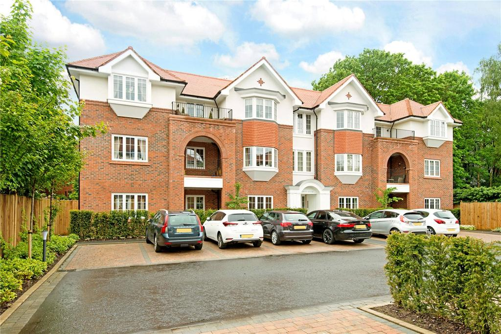 3 Bedrooms Penthouse Flat for sale in Grove House, Brockley Square, Wilmslow, Cheshire, SK9
