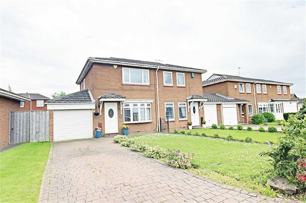 2 Bedrooms Semi Detached House for sale in Edgeworth Close, Boldon, Tyne Wear
