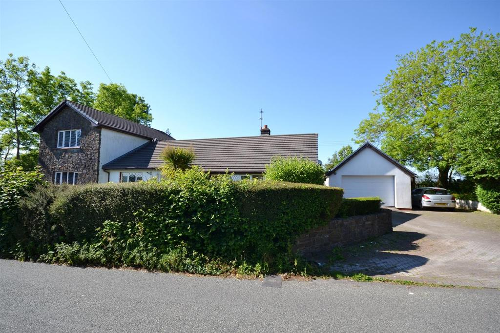 5 Bedrooms Detached House for sale in Templebar Road, Kilgetty