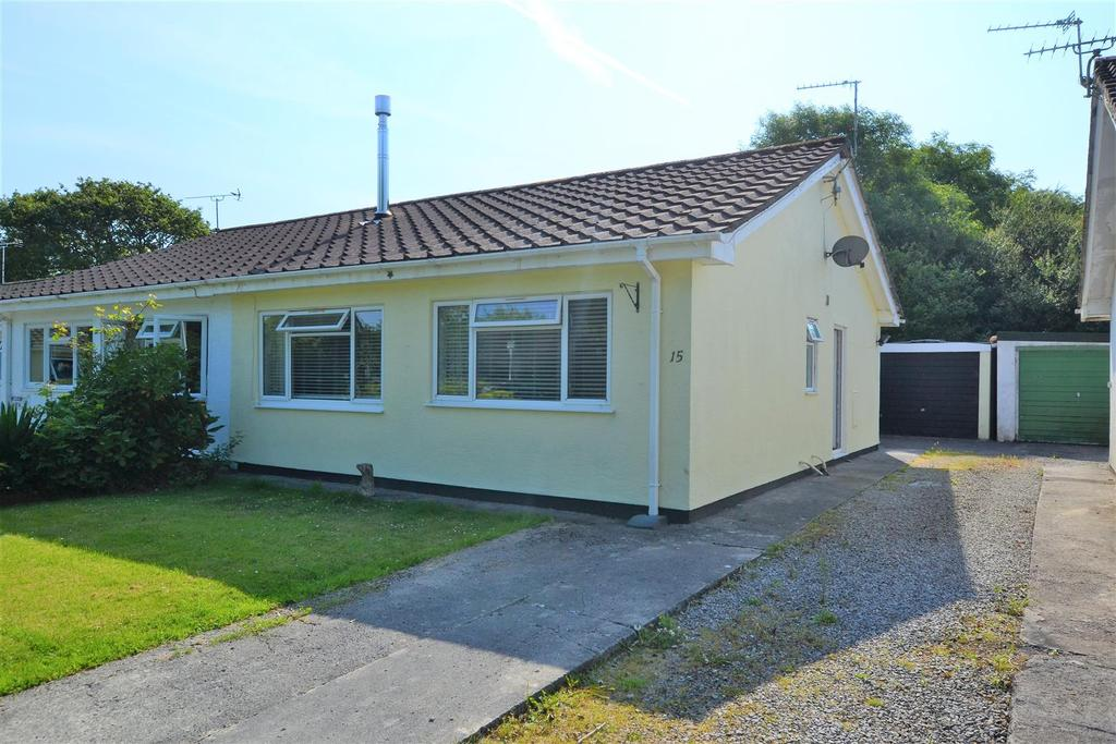 2 Bedrooms Semi Detached Bungalow for sale in Kilgetty