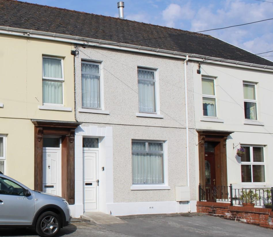 3 Bedrooms Terraced House for sale in Talbot Road, Ammanford