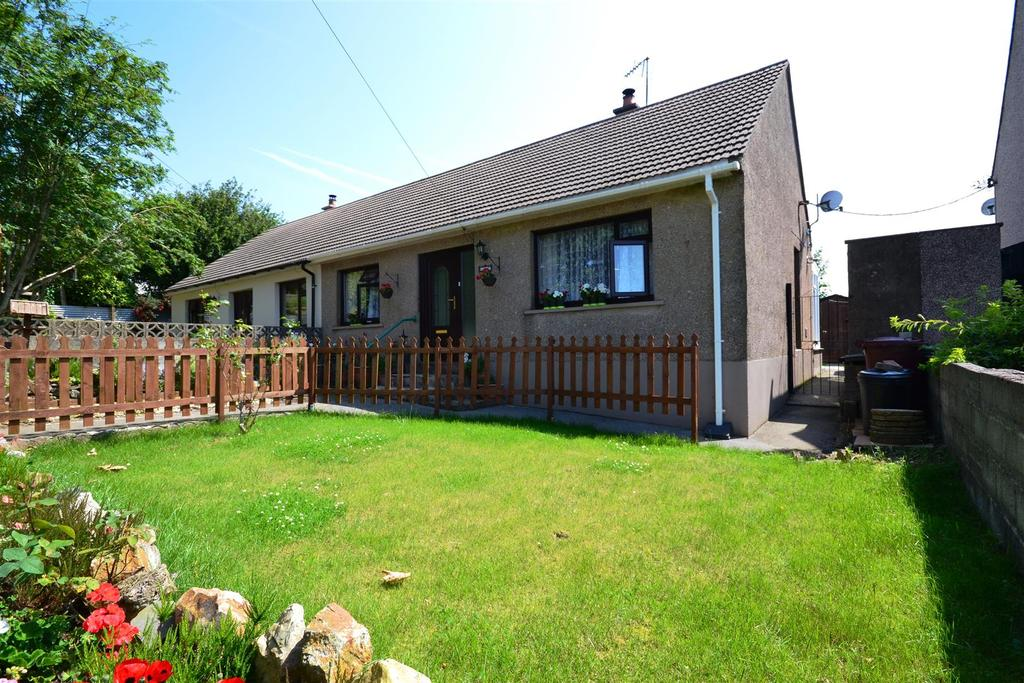 3 Bedrooms Semi Detached Bungalow for sale in Rosemarket