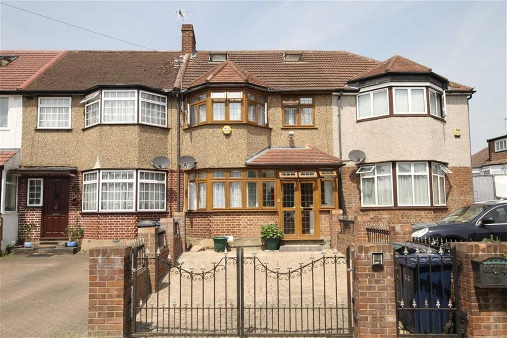 4 Bedrooms Terraced House for sale in Mays Lane, Barnet, Herts, EN5