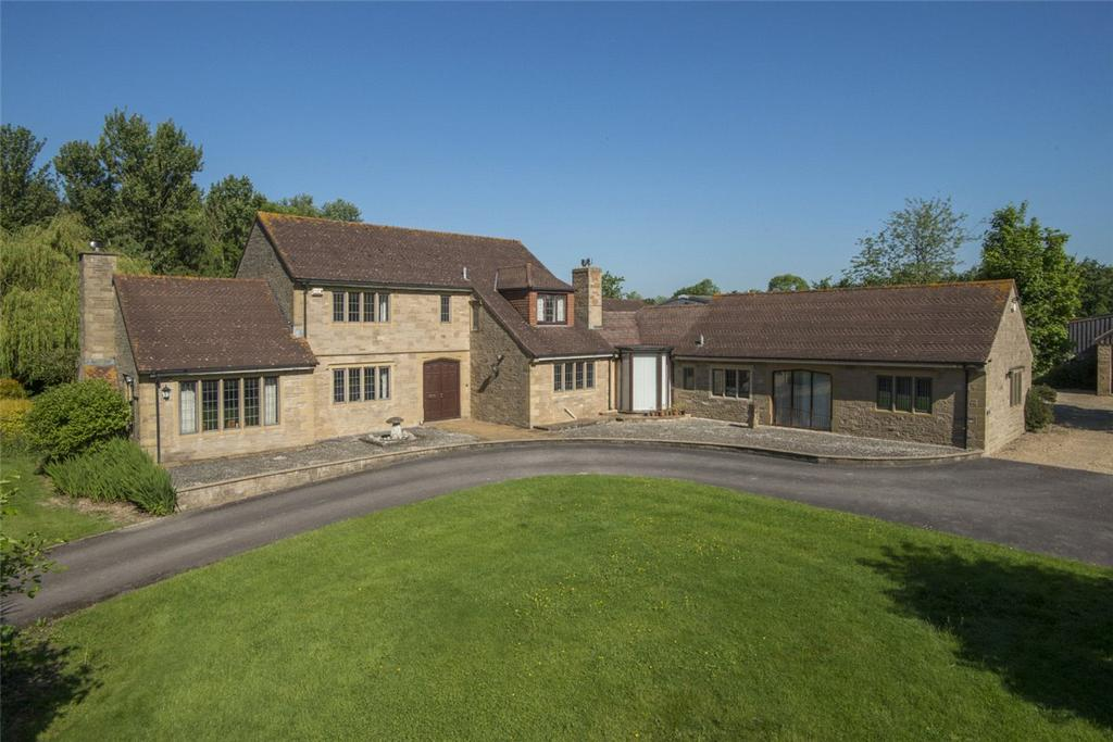 4 Bedrooms Detached House for sale in Foldhill Lane, Martock, Somerset, TA12