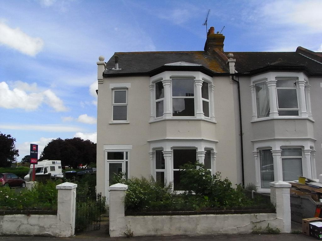 3 Bedrooms End Of Terrace House for sale in Elizabeth Road, Southend on Sea SS1