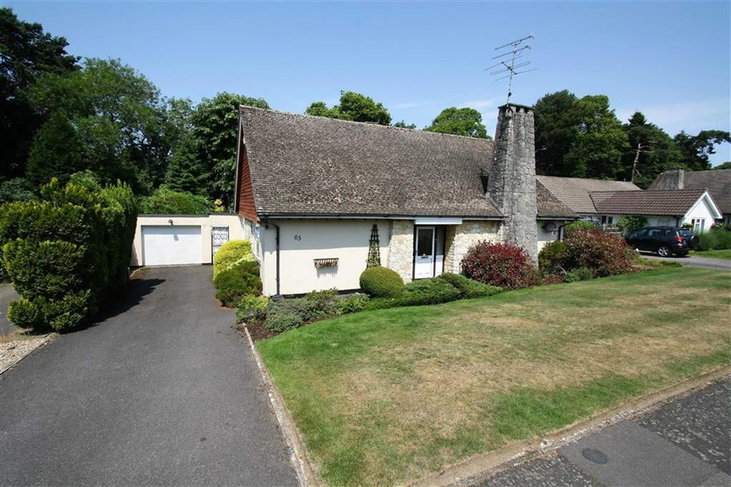 2 Bedrooms Detached Bungalow for sale in Chiltley Way, Liphook, Hampshire, GU30