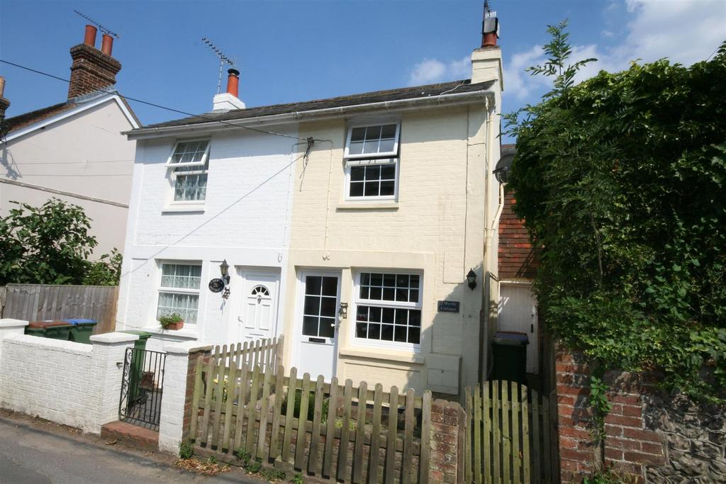 2 Bedrooms House for sale in Weavers Lane, Henfield