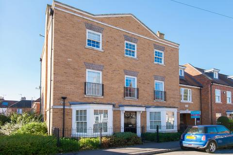 2 bedroom apartment for sale - Beaconsfield
