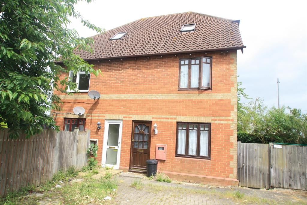 2 Bedrooms Maisonette Flat for sale in Appleby Heath, Bletchley, Milton Keynes