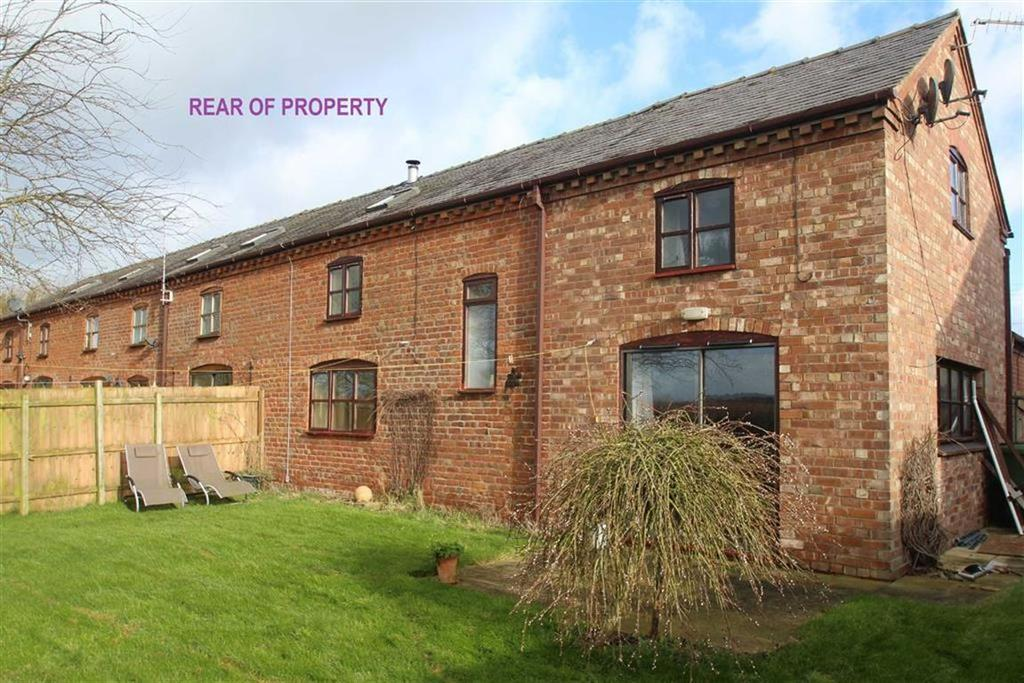 3 Bedrooms Barn Conversion Character Property