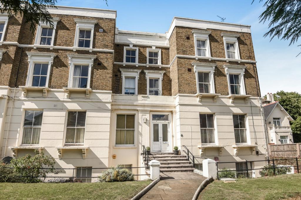 3 Bedrooms Flat for sale in Lee Terrace Blackheath SE3