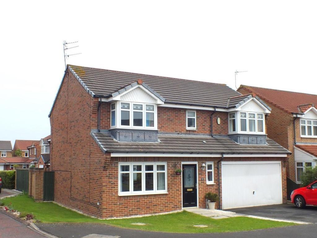 4 Bedrooms Detached House for sale in Blackthorn Drive, Woodlands Glade, Blyth