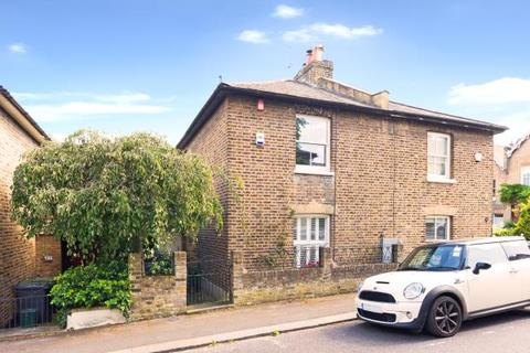 2 bedroom semi-detached house for sale - Orchard Road, Highgate, London, N6