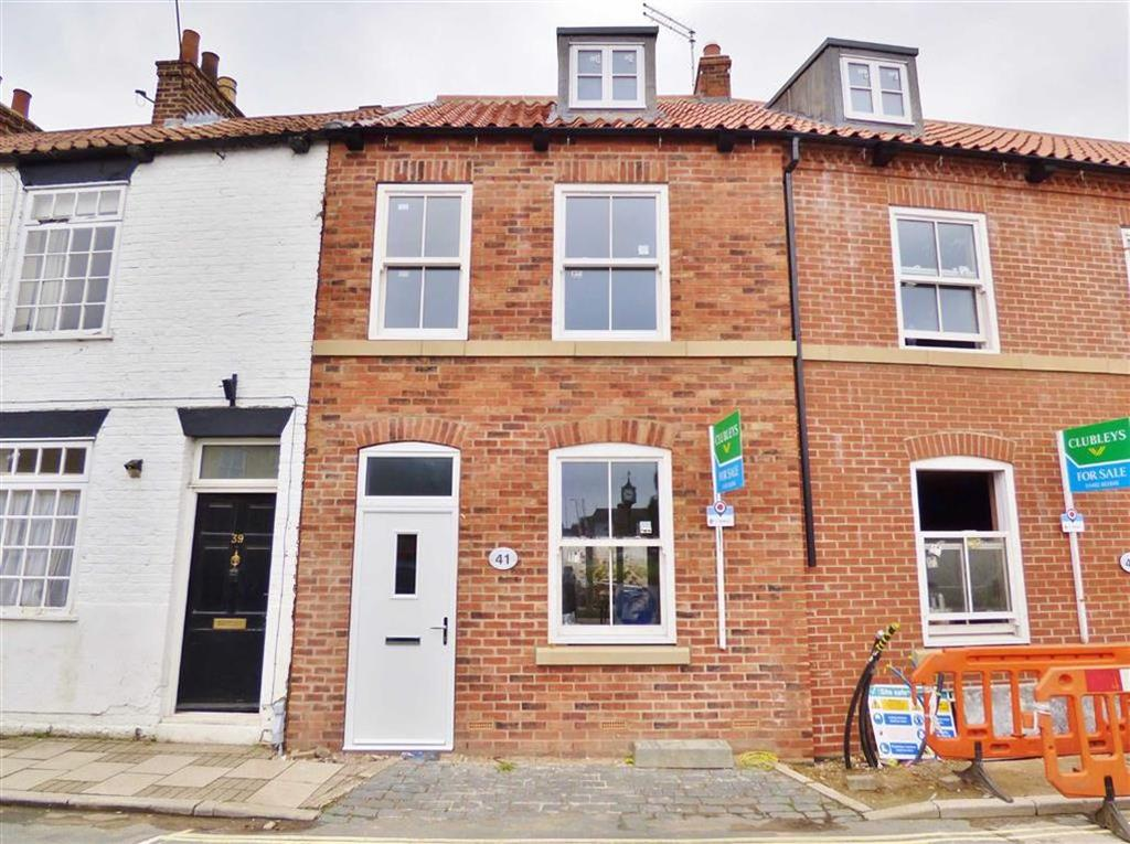 4 Bedrooms Terraced House for sale in Trinity Lane, Beverley