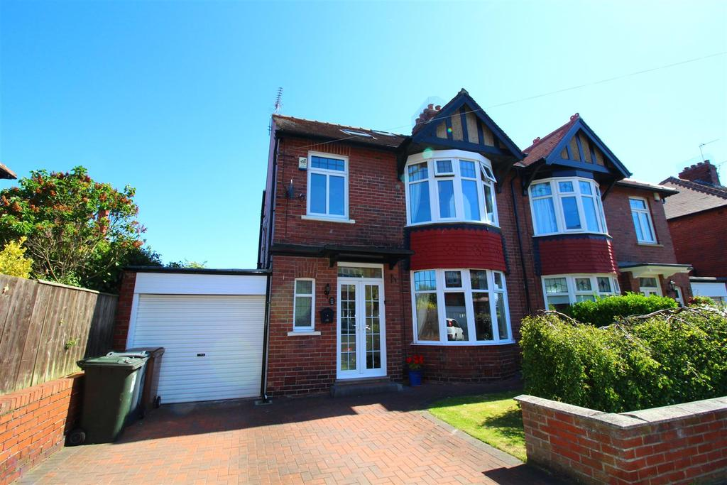 4 Bedrooms Semi Detached House for sale in Princeway, Tynemouth