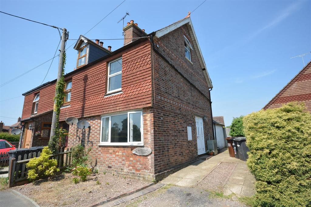3 Bedrooms Semi Detached House for sale in Ninfield, Battle