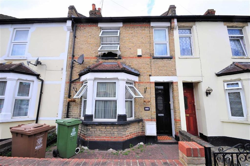 2 Bedrooms Terraced House for sale in Harcourt Road, Bexleyheath