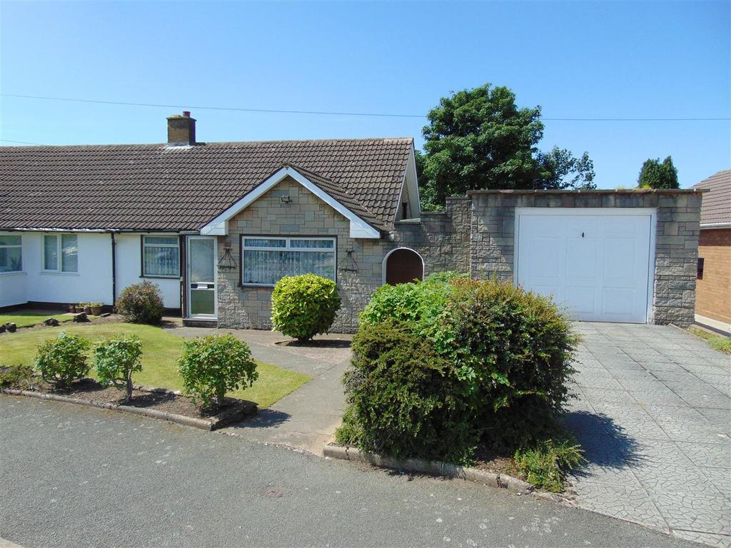 2 Bedrooms Semi Detached Bungalow for sale in Mountford Crescent, Walsall