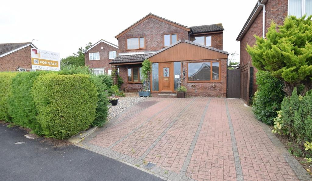 4 Bedrooms Detached House for sale in Kipton Fields, Rothwell