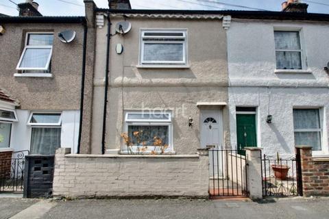 2 bedroom terraced house for sale - Addington Road, Croydon, Surrey, CR0