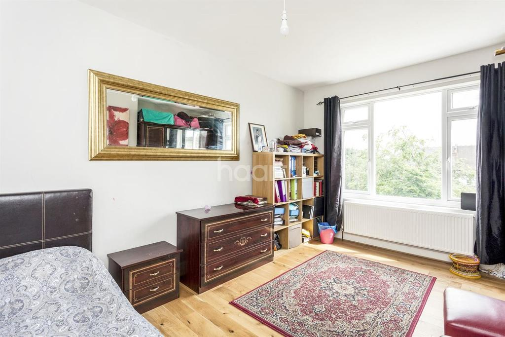 6 Bedrooms Detached House for sale in Heybridge Avenue, Streatham, SW16