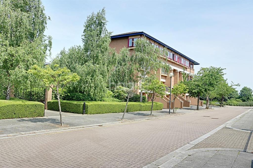 1 Bedroom Flat for sale in Central Milton Keynes