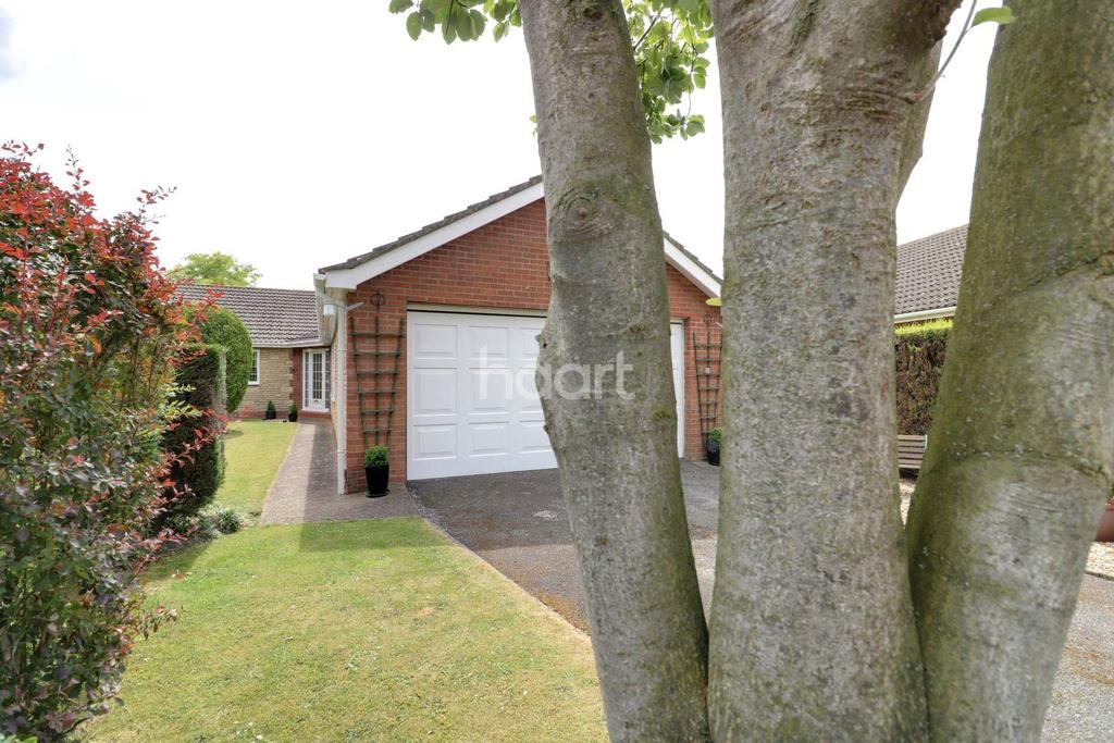 3 Bedrooms Bungalow for sale in Watery Lane, Dunholme