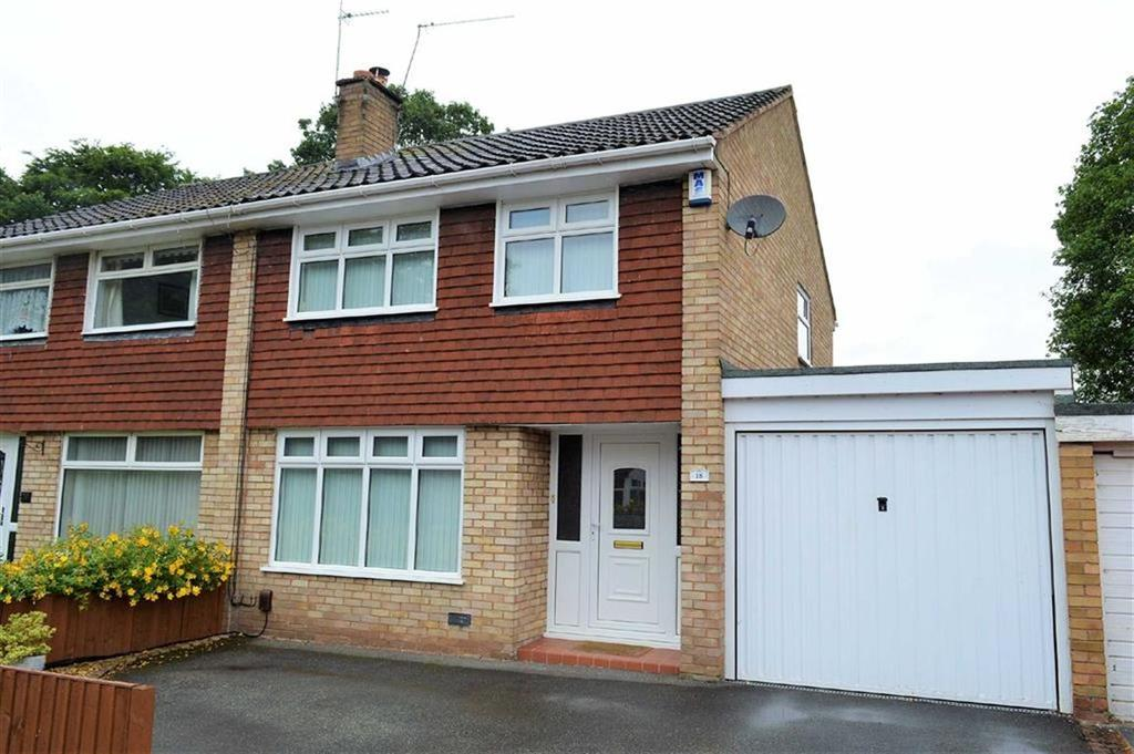 3 Bedrooms Semi Detached House for sale in Kintore Close, CH63